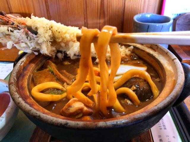 「盛喜」の味噌煮込みうどんの麺