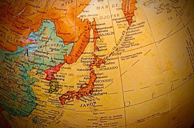 レトロ調の世界地図