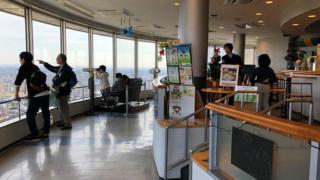 ツインアーチ138のカフェ「ビッグツリー」